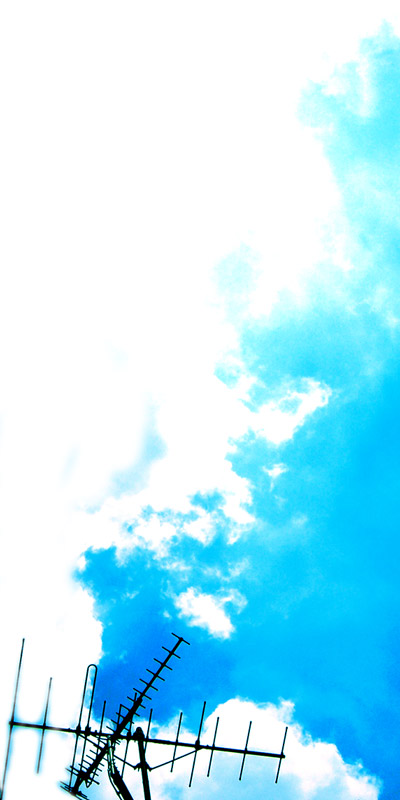 アンテナと青空