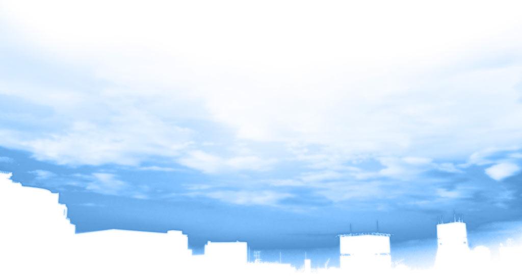 空と街並みの写真素材