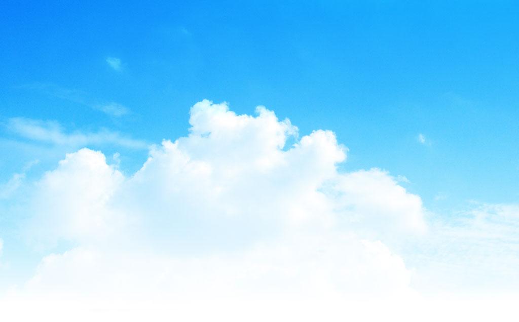 入道雲と晴天の写真素材
