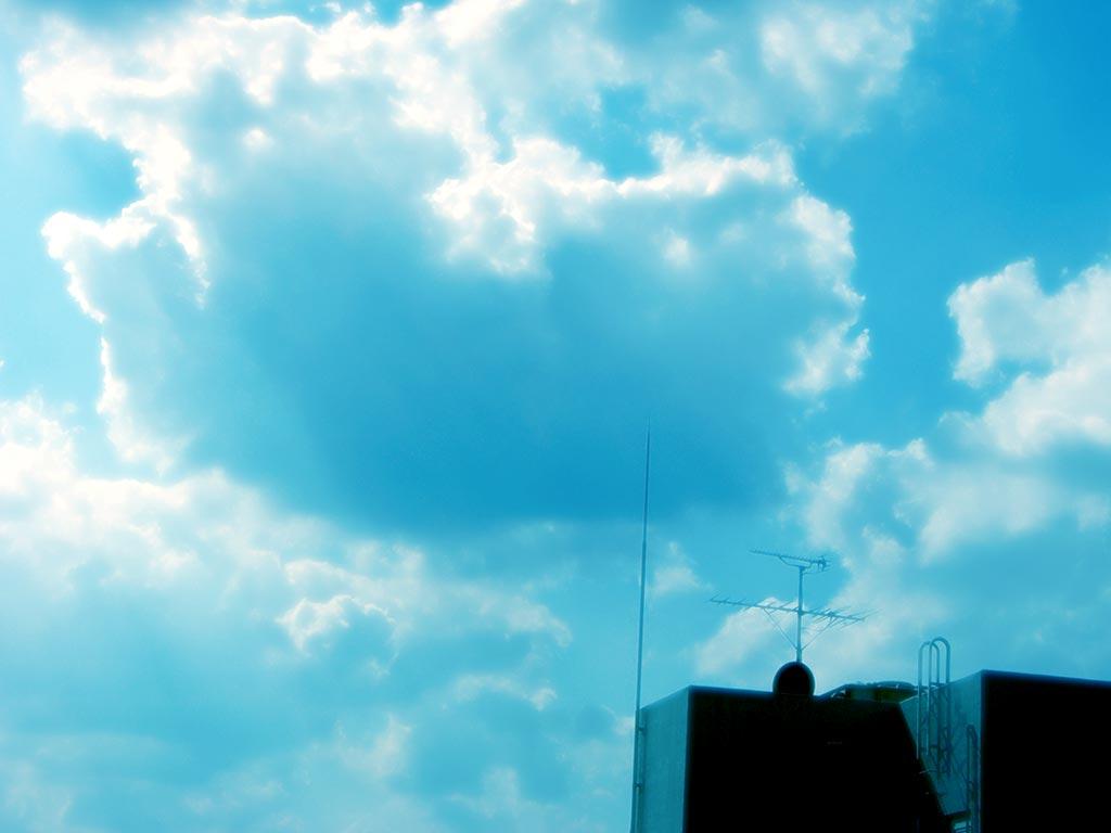 空と屋上の写真素材
