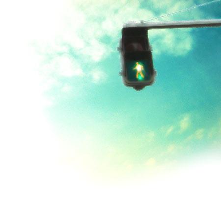 青信号と空