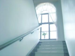 階段と窓 差分:日中/夕方/夜