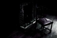 暖炉と椅子の写真素材