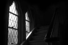 窓と階段の写真素材
