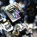 【高解像度】不思議な形のビスマス人工結晶(3パターン)