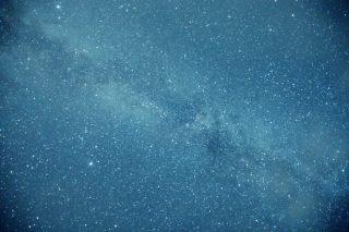【高解像度】夜空を横切る天の川(3パターン)